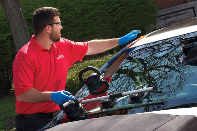 An Introduction to Auto Glass Replacement