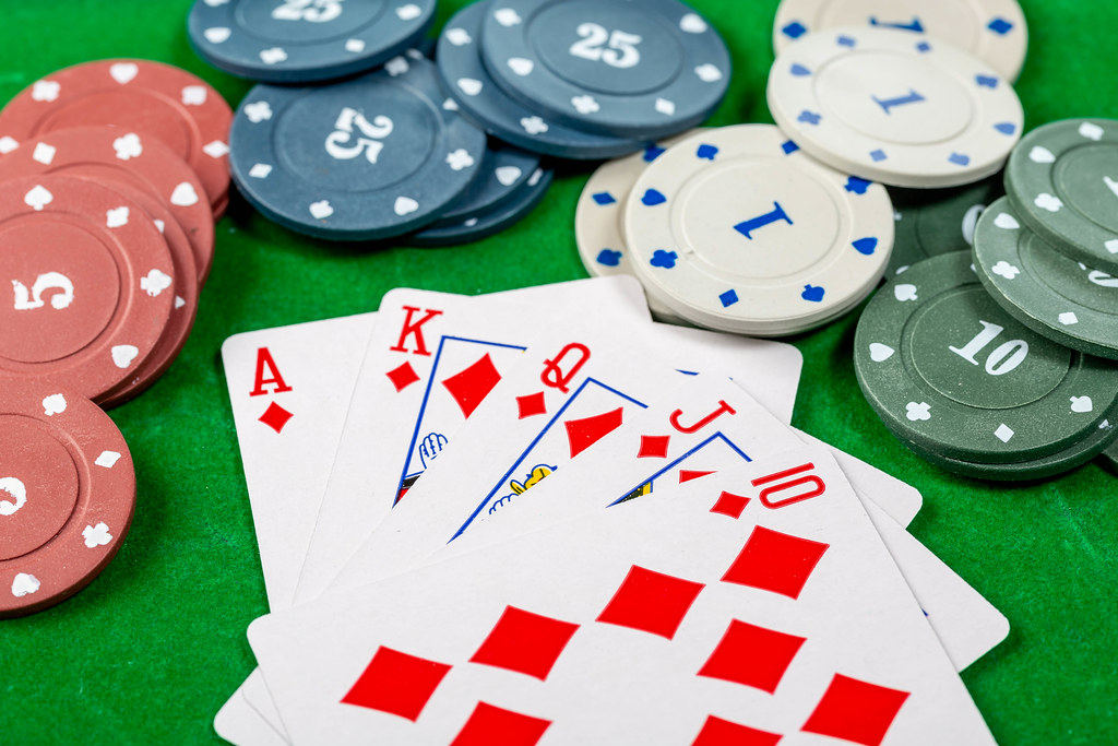 Play Casino Games, But First, Learn Some Important Information
